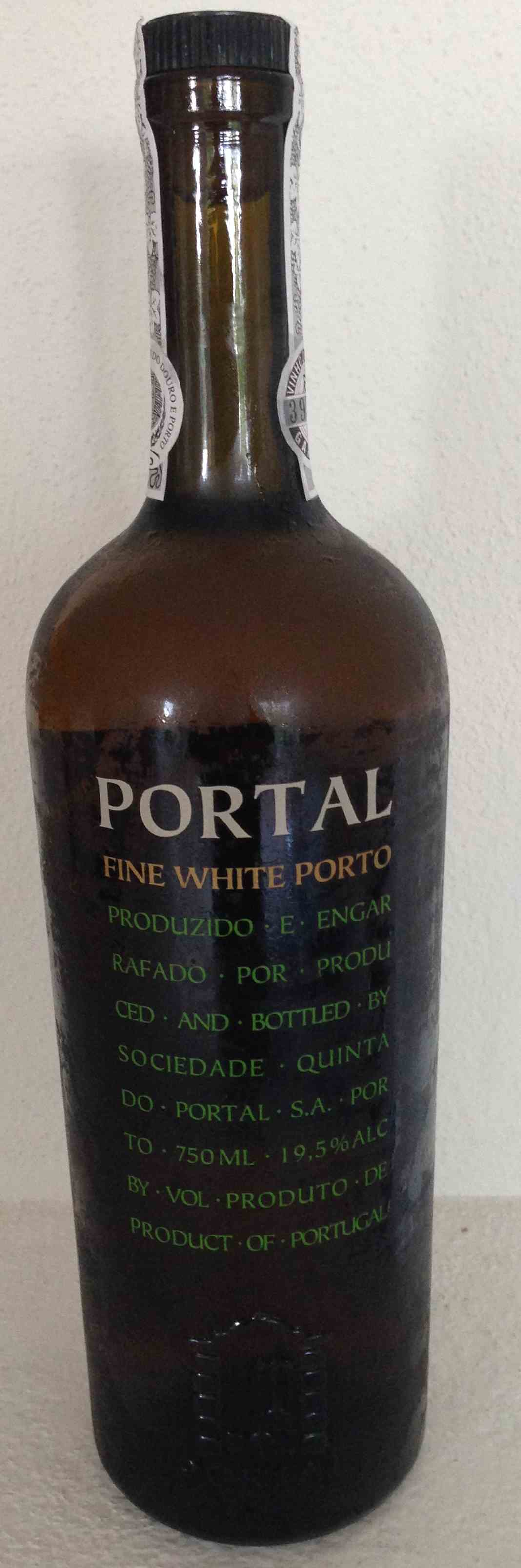 Fine White Port Quinta Portal